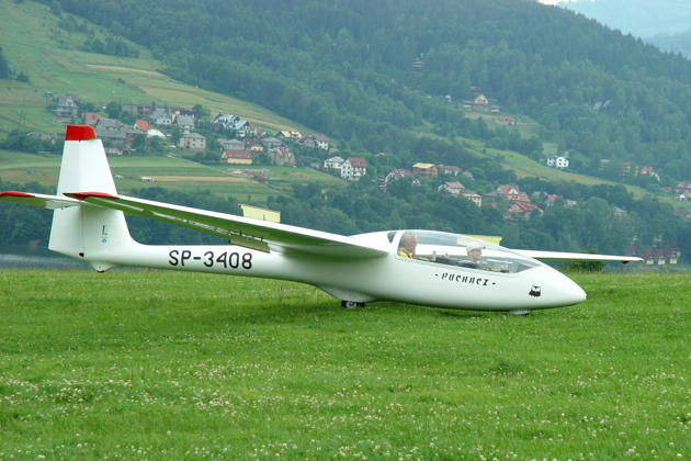 The Puchacz from Mountain Gliding School Zar on landing rollout.