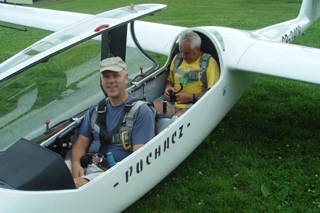Ready for launch in the Puchacz with Miroslaw Nawoj, at the Mountain Gliding School Zar. Photo by Theresa Kasprzyk.