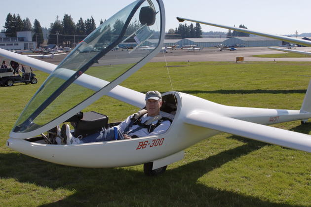 Ready for my first flight in Gary Paulin's DG-300. Photo by Gary Paulin.